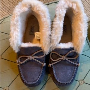 Ugg Alena Suede Slipper Booties— size 9